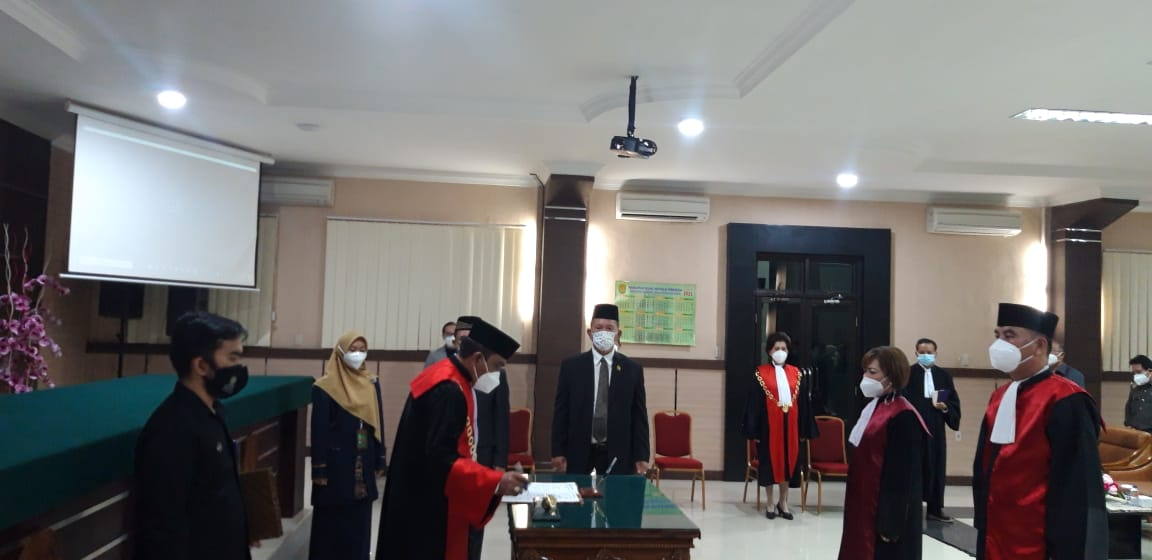 Pelantikan Ketua Pengadilan Negeri Simalungun di Pengadilan Tinggi Medan